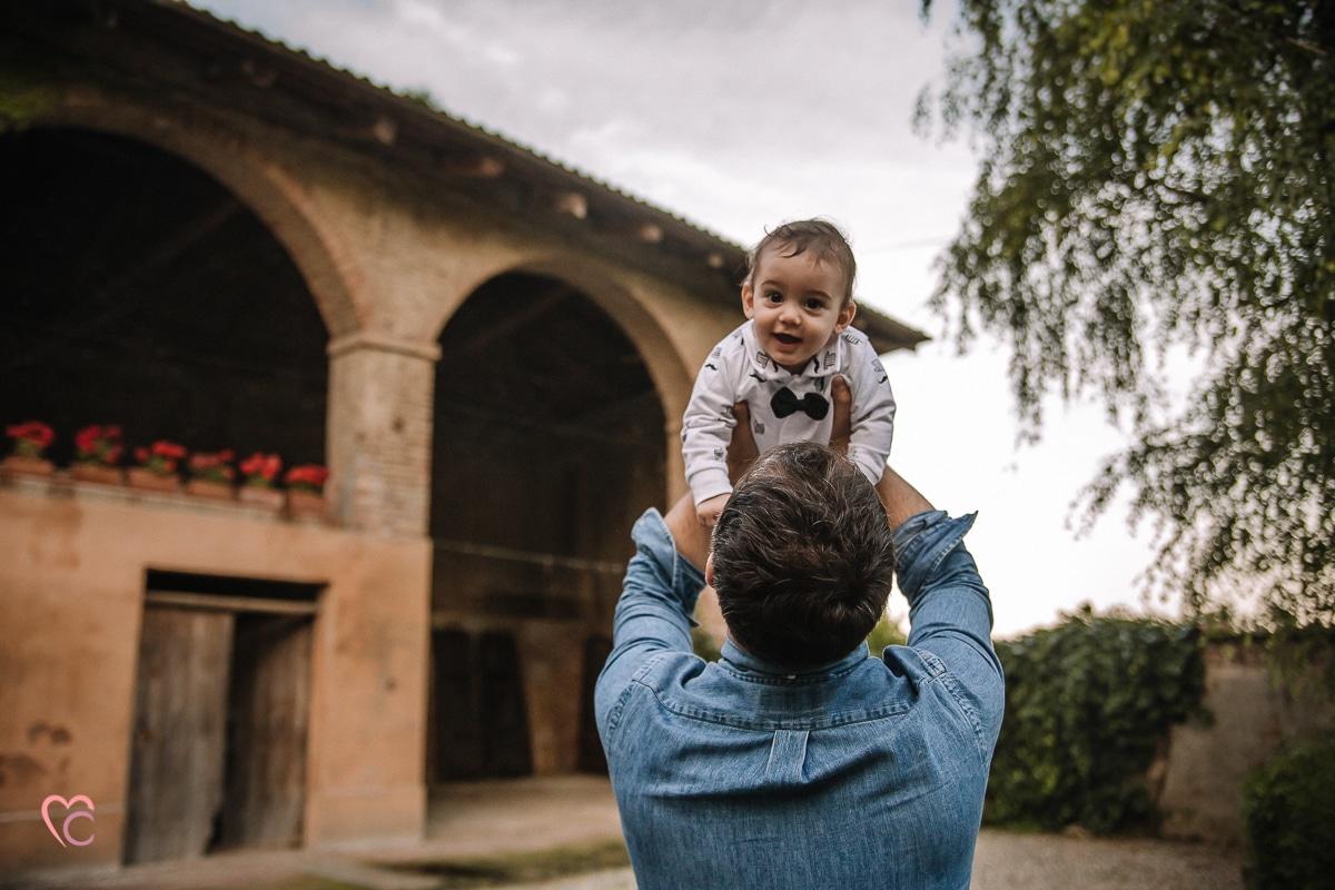 Aperitivo fotografico al Mulino della Torre di Riva presso Chieri, fotografia di famiglia, newborn lifestyle