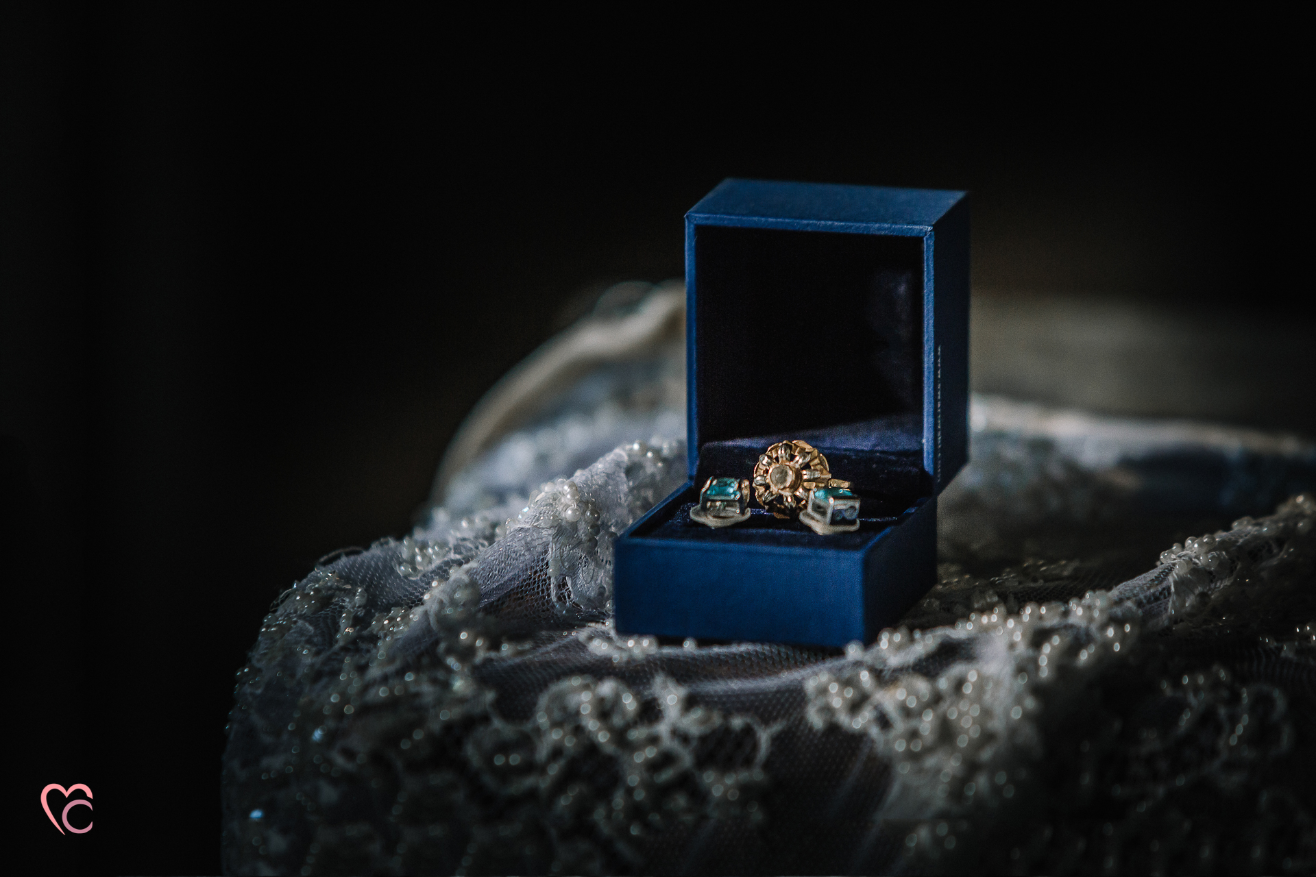 sposa eterea, cherry blossom inspirations, Mulino della torre,Riva presso Chieri, primavera, fiori di ciliegio,bouquet,anello antico, chiaroscuro