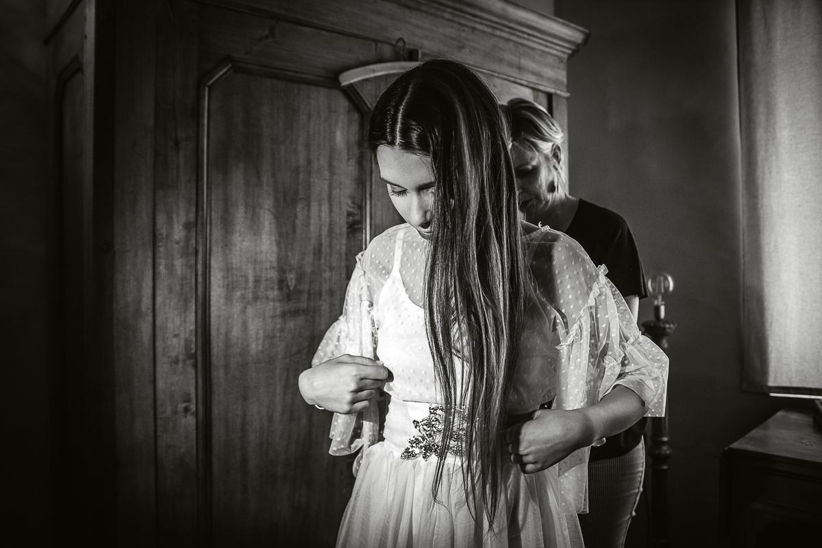 Sea dream elopement, preparazione della sposa, Mulino della Torre, Riva presso Chieri