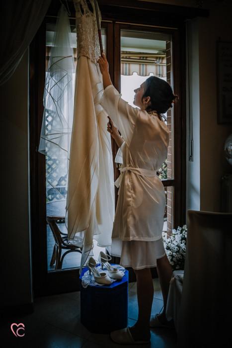 matrimonio-nelle-Langhe-Sara-ed-Enrico-preparazione-sposa