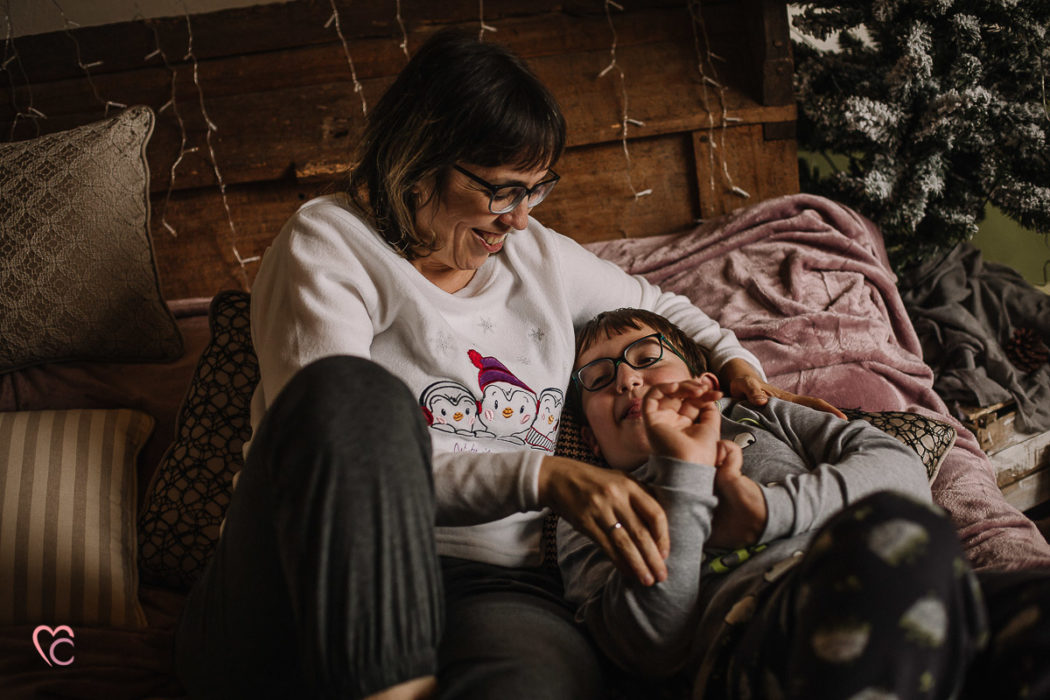 Mini sessioni di Natale, fotografia di famiglia in una location da fiaba, un vecchio Mulino,Luisa e Stefano