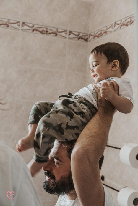 Fotografo famiglia Torino, servizio fotografico di famiglia lifestyle, in casa
