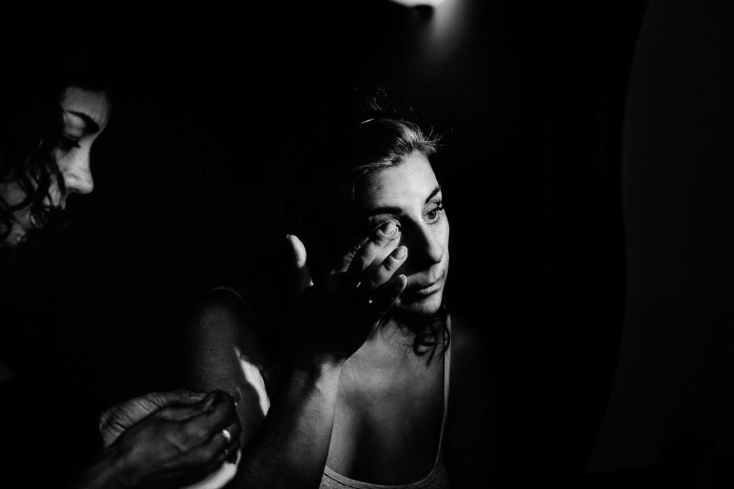 Fotografo matrimonio Torino, alla Tenuta Sant'Anna, Castagnole Piemonte,Torino,preparazione della sposa, make-up artist Enrica Chiecchia