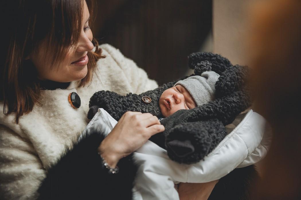 Fotografia natalizia bambina con la zia
