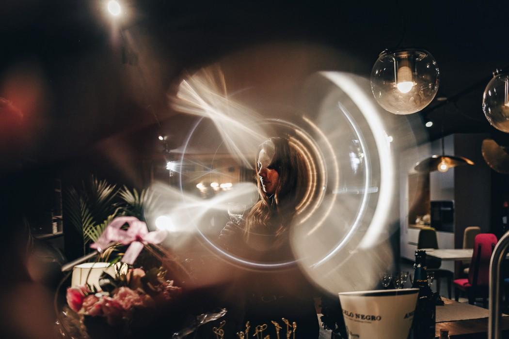 Proposta di matrimonio a tema san Valentino all'Atelier Bonetto di Chieri, Nina e Riccardo, ring of fire