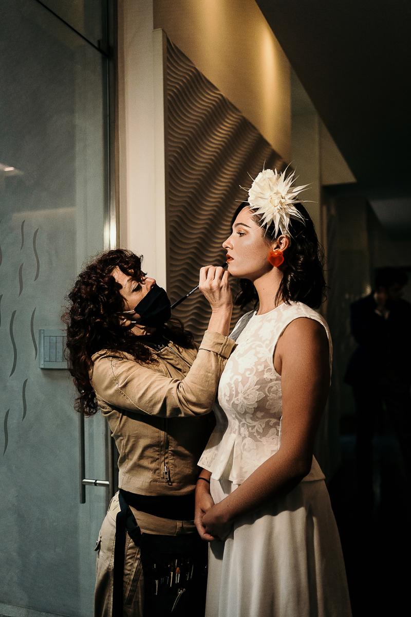 matrimonio a Torino al The Number Six di Via Alfieri 6, preparazione della sposa