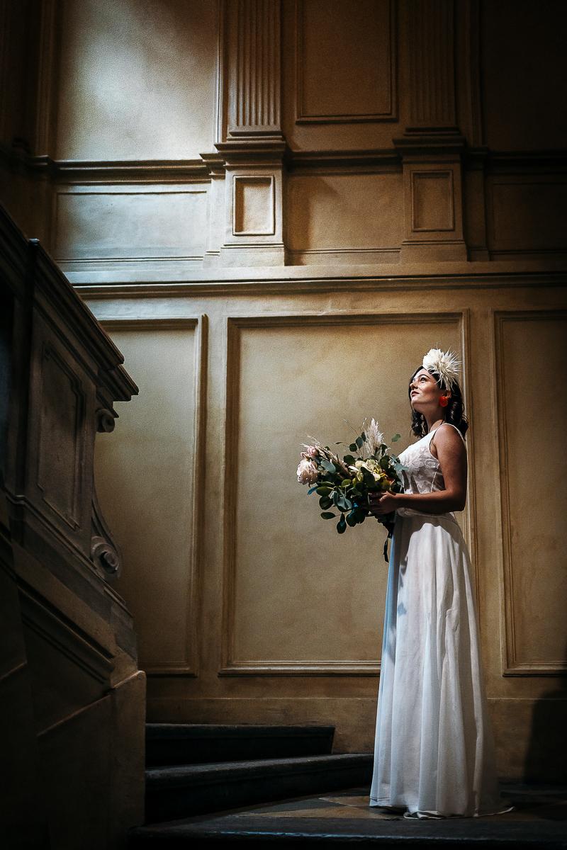 matrimonio a Torino al The Number Six di Via Alfieri 6, sposa nel salone aulico