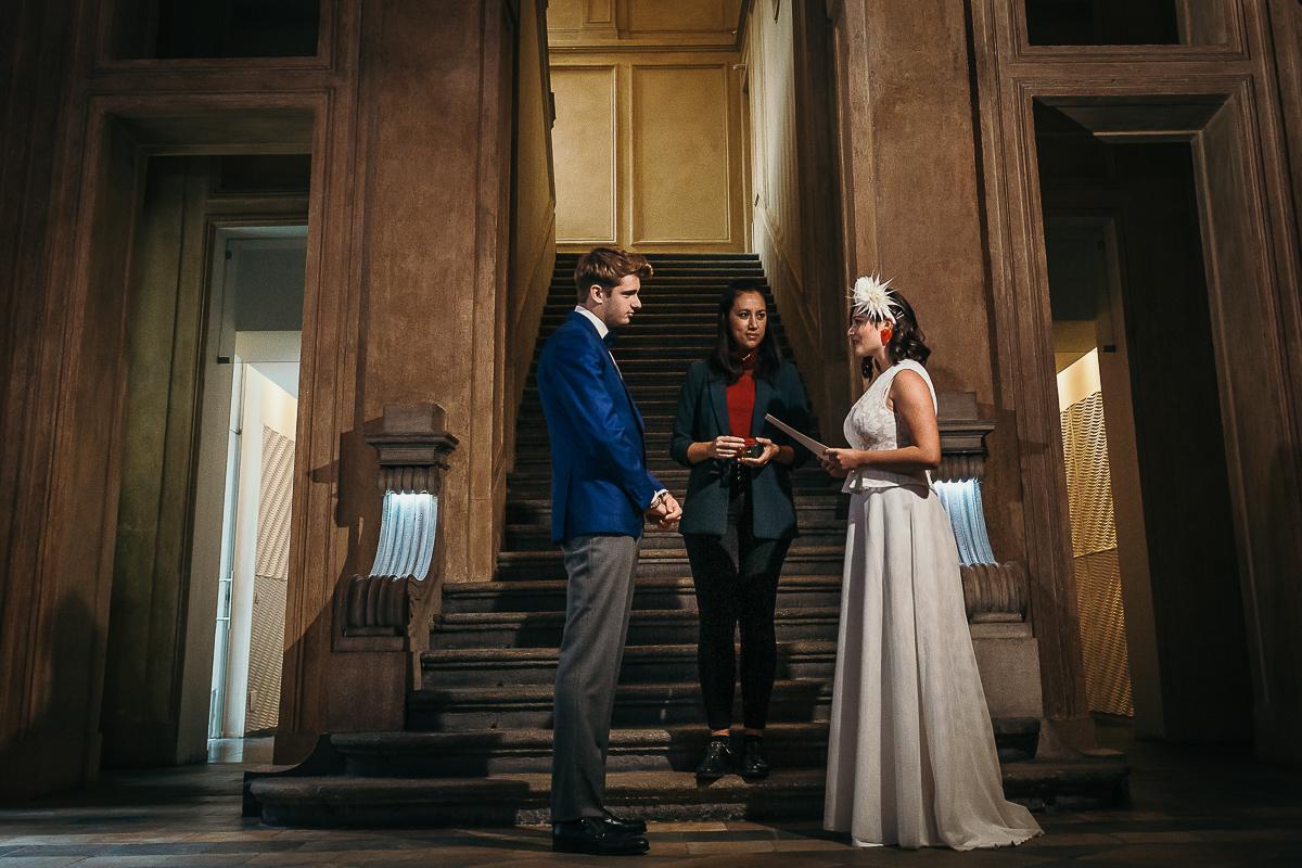 matrimonio a Torino al The Number Six di Via Alfieri 6, cerimonia, nel salone aulico